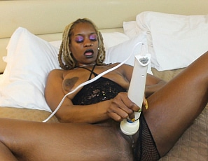 BlackAmateurFreaks_Solo_XxDiamondRuff_pictures